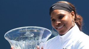 serena williams with trophy