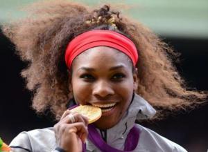 سيرينا ويليامز تسحق الجميع و تتوج بالذهب الأولمبي في لندن